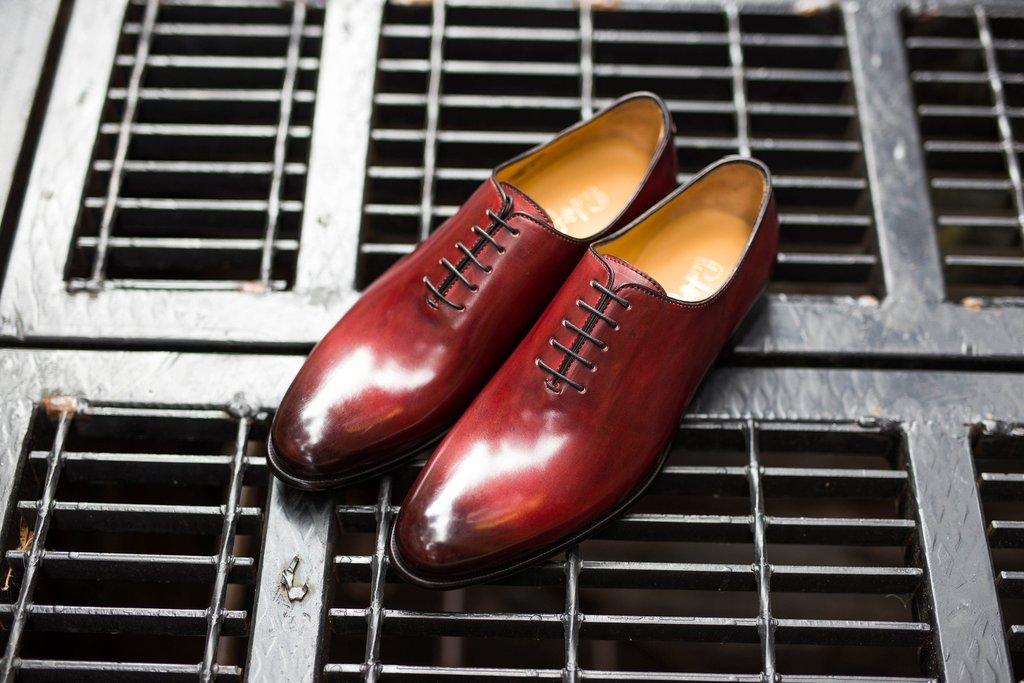 Giày da Wholecut