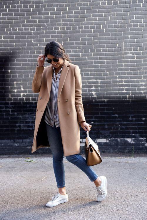 kết hợp áo sơ mi và quần jean nữ