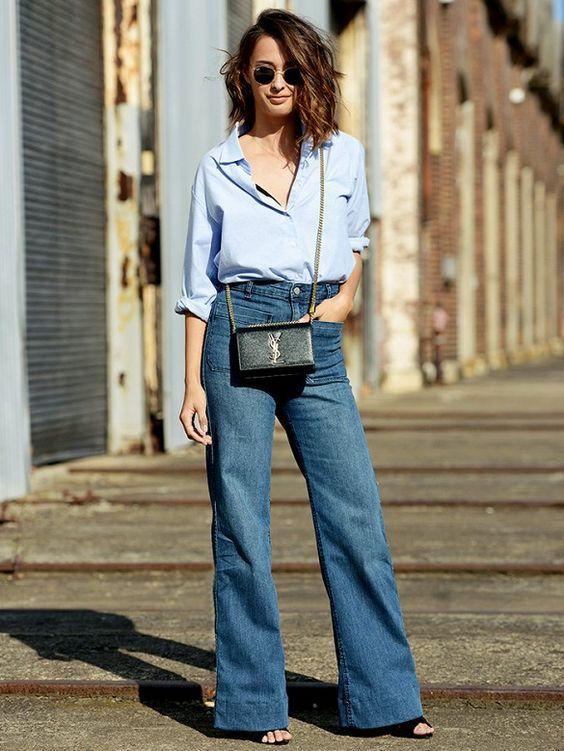 phối áo sơ mi và quần jean nữ